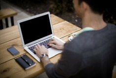 blogging-typist-format mss-336376_1920.jpg