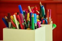 Zinsser-colored-pens-1315886_1920.jpg