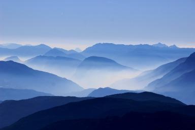 speech-writing-mountains-863474_1920